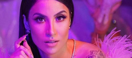 Bianca Andrade irritou fãs e patrocinadores ao esconder que passou por uma lipoaspiração. (Reprodução/Instagram/@biancaandradeoficial)