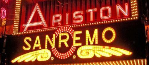 Il teatro Ariston, storica casa del Festival di Sanremo.