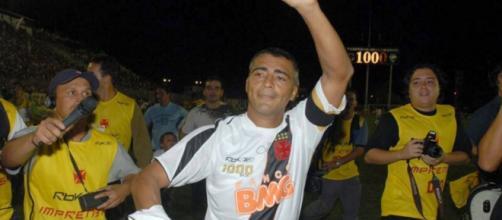 Pelo Vasco da Gama, Romário marcou seu milésimo gol. (Arquivo Blasting News)