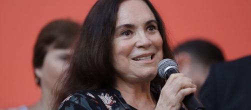 Regina Duarte fala em 'noivado' com o governo. ( Arquivo Blasting News)