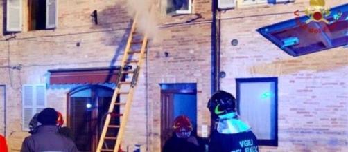 Fermo, divampa incendio in casa: muore bimba di 6 anni.