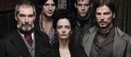 Eva Green e gli altri componenti del cast originale di Penny Dreadful.