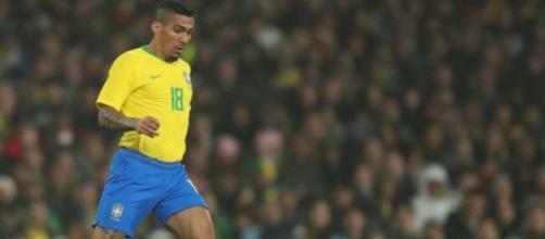 Allan con la maglia della nazionale brasiliana.