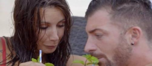 Fani se arrepiente del beso con Rubén y quiere seguir con su novio