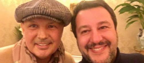 Sinisa Mihajlovic insieme a Matteo Salvini.