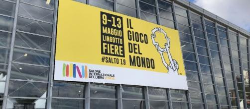 Il Salone del Libro di Torino invita nuovamente l'editore Altaforte, ma è un errore.