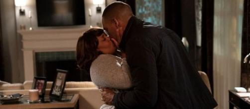 Krista Vernoff anticipa che nei prossimi episodi di Grey's Anatomy, Miranda e Ben continueranno a soffrire per la perdita del loro bambino.