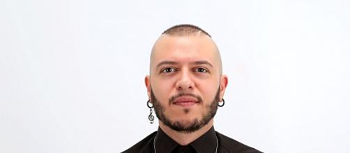 Marco Sentieri gareggerà a Sanremo 2020 nella categoria giovanti con il brano 'Billy blu'