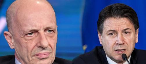 Sallusti accusa Conte: 'Prende ordini da Quirinale e Vaticano'