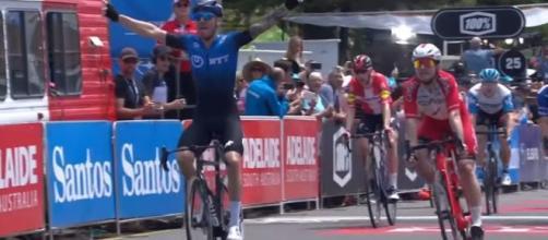 Giacomo Nizzolo vince la quinta tappa del Tour Down Under