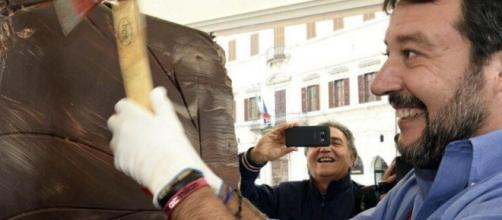 Salvini accusato di aver violato il silenzio elettorale come alla vigilia delle elezioni in Umbria