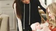Beautiful, spoiler martedì 28/01: Hope tiene tra le braccia sua figlia per la prima volta
