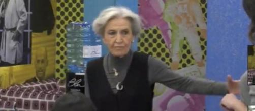GF Vip, Barbara Alberti attacca Alfonso Signorini: 'Non fa che screditarmi in diretta'.