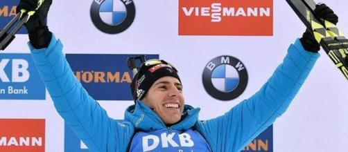 Quentin Fillon Maillet a décroché sa première victoire de la saison (Credit Twitter Actu Biathlon)