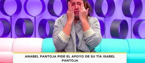 Anabel Pantoja llorando en el confesionario de 'El tiempo del descuento'