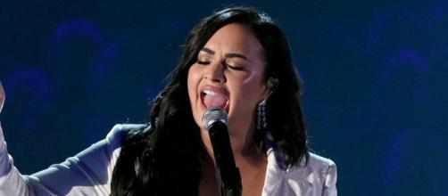 Demi Lovato presentó un emotivo performance en la 62a edición de los premios Grammy 2020. - oyogist.com