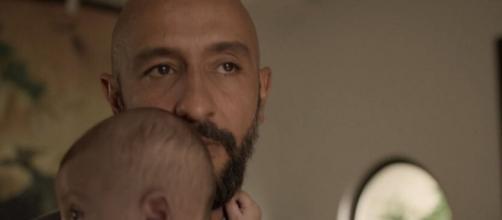 Álvaro não terá piedade da esposa que tanto diz amar em 'Amor de Mãe'. (Reprodução/TV Globo)