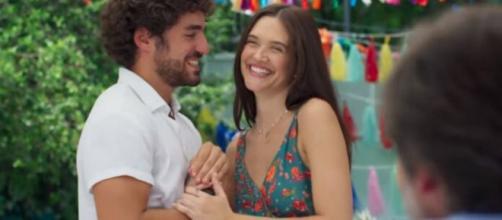 Juan e Luna reatam em 'Salve-se Quem Puder'. (Reprodução/TV Globo)