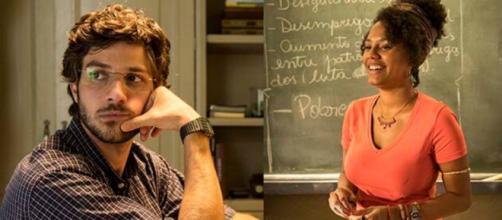 Pedido de casamento de Danilo é reprovado por Thelma em 'Amor de Mãe'. (Reprodução/TV Globo)
