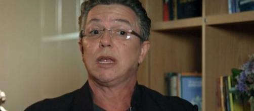 Boninho afirma que dará mais dados a respeito da casa de vidro no sábado. (Reprodução/TV Globo)