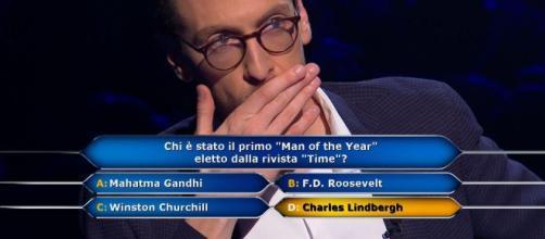 Chi vuol essere milionario, il concorrente Enrico Remigi risponderà alla domanda da un milione di euro.