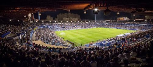 El estadio de La Romareda repleto de gente