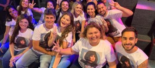 Família de Bianca presente nos Estúdios Globo para acompanhar o primeiro Paredão do 'BBB20'. (Reprodução/TV Globo)