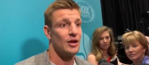 Gronkowski expects Brady to do what's best for himself and his family (Image Credit: Spotting Board-NFL/YouTube)