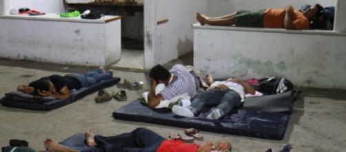 INM no quiere que se revelen las condiciones infrahumanas en las estaciones migratorias de México. - cronicadexalapa.com