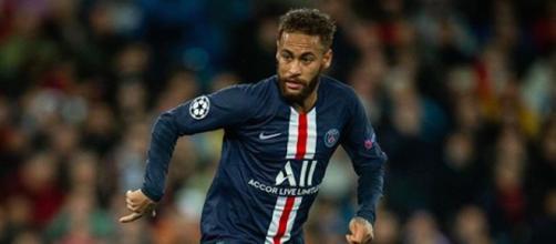 Neymar pourrait rester au PSG jusqu'en 2025. Credit: Instagram/ Neymarjr