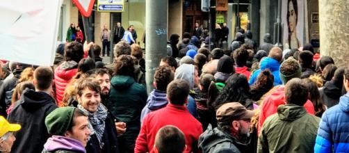 Encapuchados han protagonizado algún encontronazo con comercios abiertosdurante la huelga