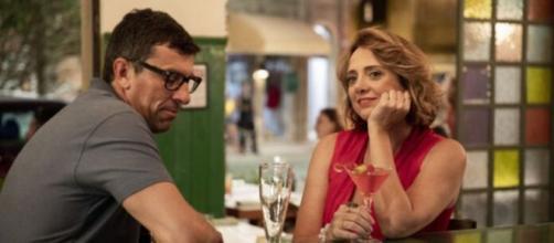 Matias engata romance com Tracy em 'Amor de Mãe'. (Reprodução/TV Globo)
