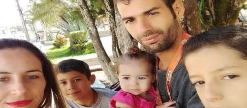A família agora tenta seguir a vida com a perda dos filhos