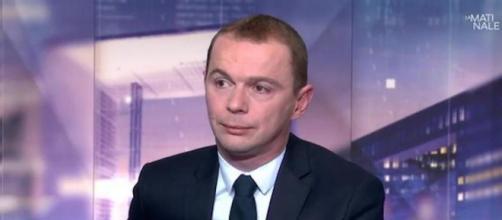 Le député PS Olivier Dussopt, conseiller municipal ne se représentera pas à la mairie d'Annonay. Credit: Capture/LCI