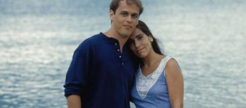 Na novela, exibida em 1993, Guilherme Fontes fica dividido entre as irmãs gêmeas Ruth e Raquel, vividas por Glória Pires. (Divulgação/ TV Globo)