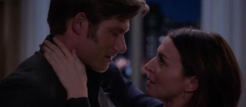 Nell'undicesimo episodio di Grey's Anatomy 16, Amelia rivela a Link i suoi dubbi sulla gravidanza e gli confessa di amarlo.