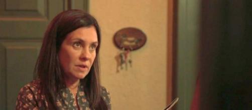 Thelma vai sugerir gerar o neto em sua barriga em 'Amor de Mãe'. (Reprodução/TV Globo)