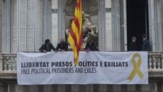 Retiran la bandera de España del Palau de la Generalitat durante unos minutos