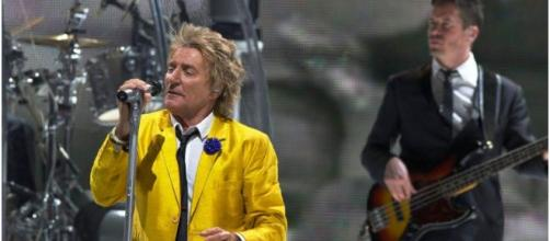 Rod Stewart charged with criminal battery on New Year's Eve in Florida (Photo Credit: Flickr)