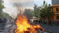 Primera protesta en Santiago de Chile del 2020 contra las desigualdades sociales