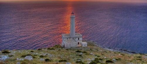 Il Faro di Punta Palacia, Otranto : è il luogo, d'Italia, dove è sorta la prima alba del 2020
