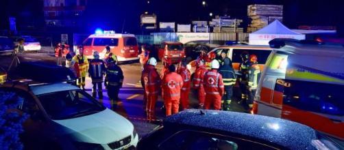 Incidente in provincia di Bolzano: auto travolge comitiva di turisti, 6 morti