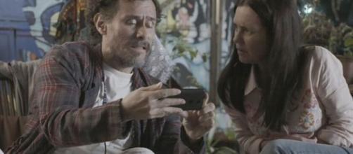 Em 'Amor de Mãe', Durval (Enrique Diaz) desistirá de Thelma (Adriana Esteves). (Reprodução/TV Globo)