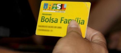 Famílias com alto padrão de vida recebem auxílio do programa. (Divulgação/Prefeitura de Divinópolis)