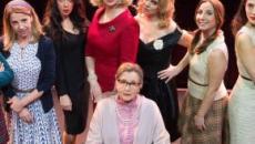 'Otto donne e un mistero': successo per la commedia corale al Teatro Sociale di Rovigo