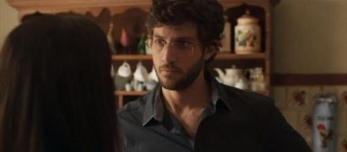"""Danilo não perdoa Thelma em """"Amor de Mãe"""". (Reprodução/TV Globo)"""