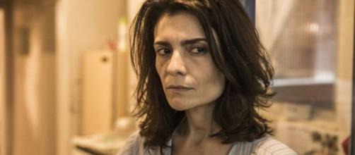 Leila acaba desmascarada em 'Amor de Mãe'. (Reprodução/TV Globo)