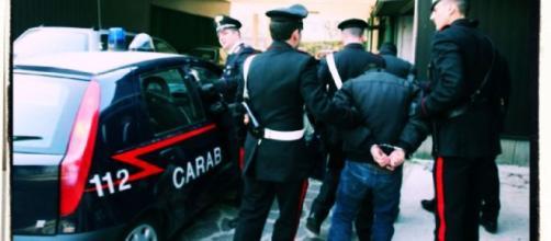 L'intervento dei Carabinieri ha messo fine alla violenta lite.