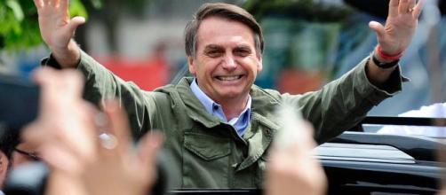 Bolsonaro faz exames em hospital de Brasília.(Arquivo Blasting News)