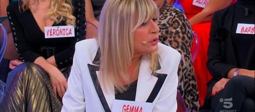 Uomini e Donne, Gemma ad Aurora: 'Esci solo con quelli che conosco io'